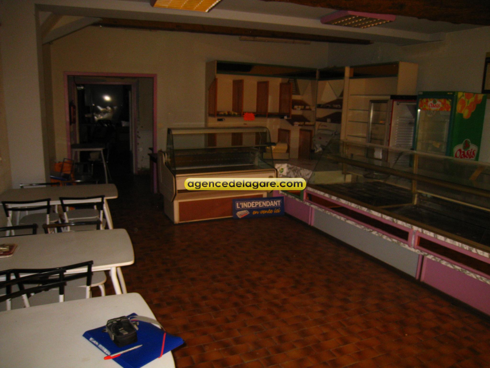 Local commercial / www.agencedelagare.com