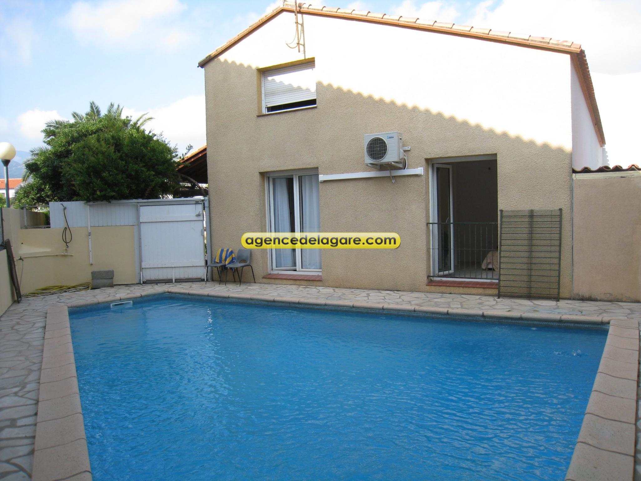 Villa avec piscine / www.agencedelagare.com